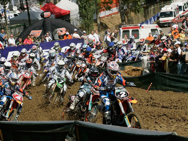Philippaerts (Yamaha) y Rattray (KTM) campeones de MX1 y MX2