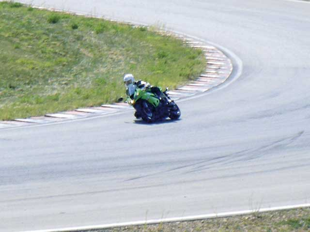 Kawasaki prueba sus nuevos modelos 2009