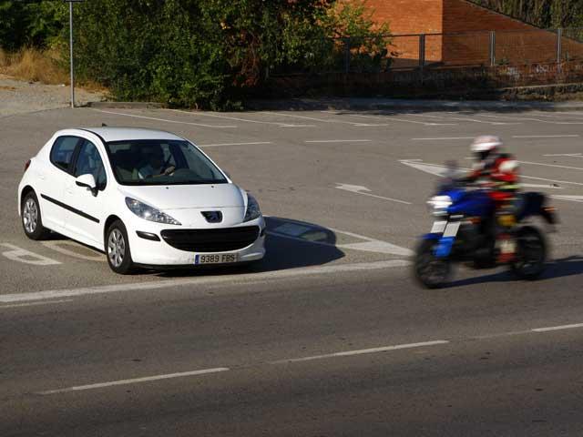 Conducción Segura: Colisiones en cruces