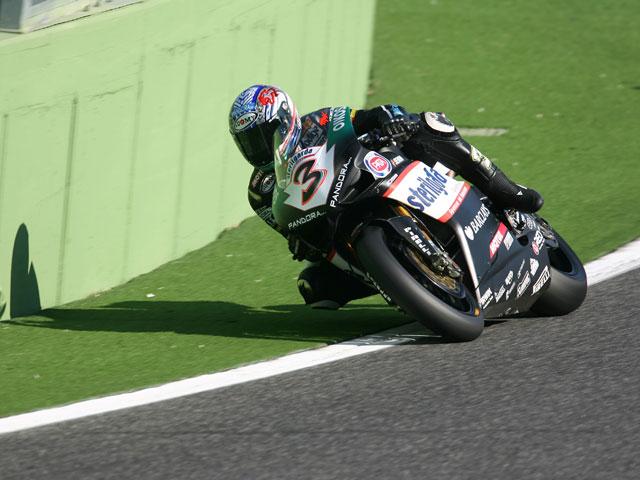 Noriyuki Haga (Yamaha), infranqueable en la primera de Vallelunga