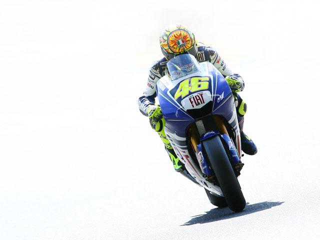 Imagen de Galeria de Valentino Rossi (Yamaha) Campeón del Mundo (y van 8)