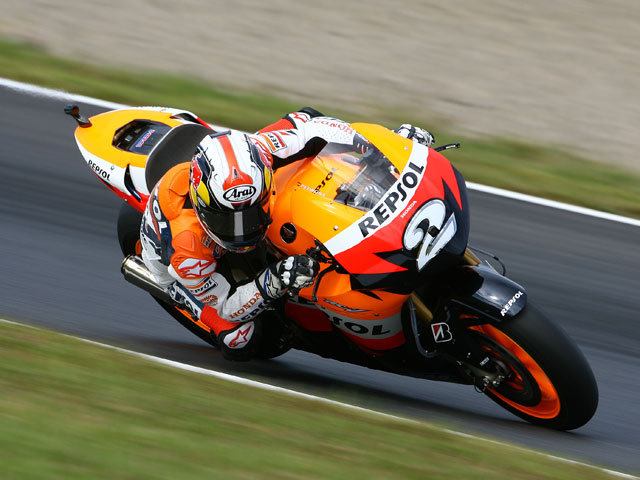 Valentino Rossi (Yamaha) Campeón del Mundo (y van 8)