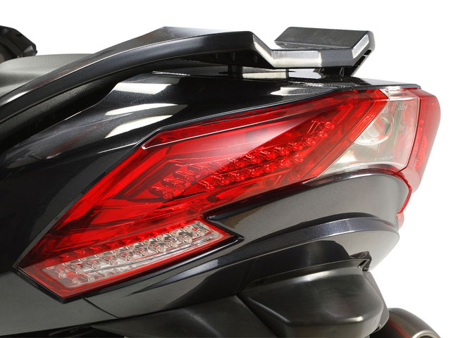 Novedades 2009: KYMCO Myroad, Quannon Naked y Movie S