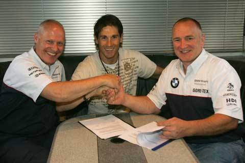 Troy Corser con BMW, ya es oficial