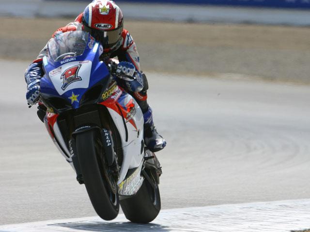 Spies ficha por el equipo oficial Yamaha y Byrne por el Sterilgarda Ducati