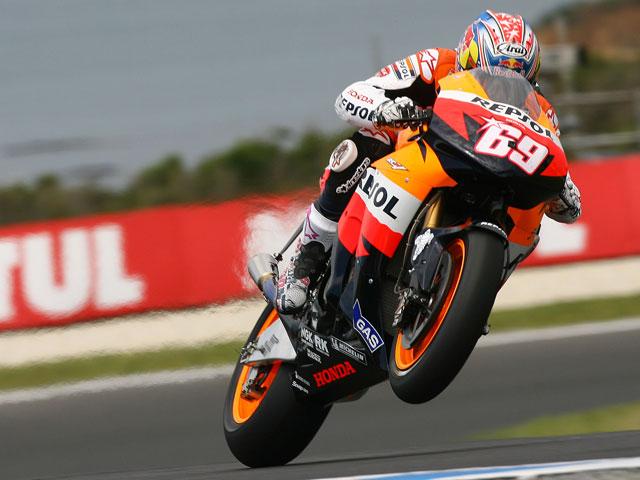Imagen de Galeria de Stoner (Ducati) marca el mejor tiempo en seco y Hayden (Honda) en mojado