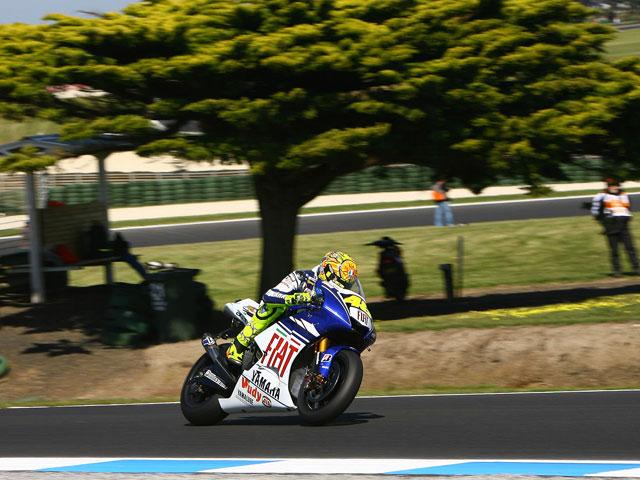 Stoner (Ducati) marca el mejor tiempo en seco y Hayden (Honda) en mojado