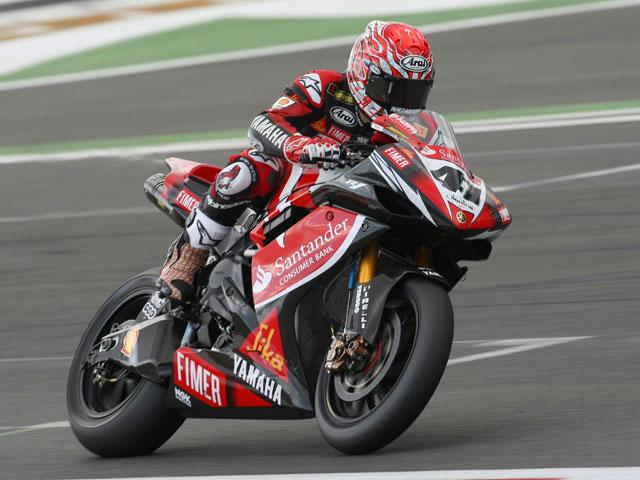 Bayliss (Ducati), por la puerta grande en Magny Cours