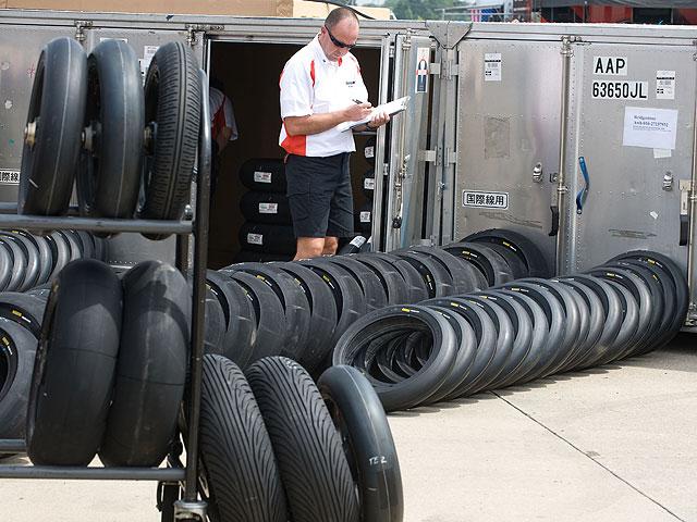 """Imagen de Galeria de Yamada (Bridgestone): """"No habrá neumáticos de calificación"""""""