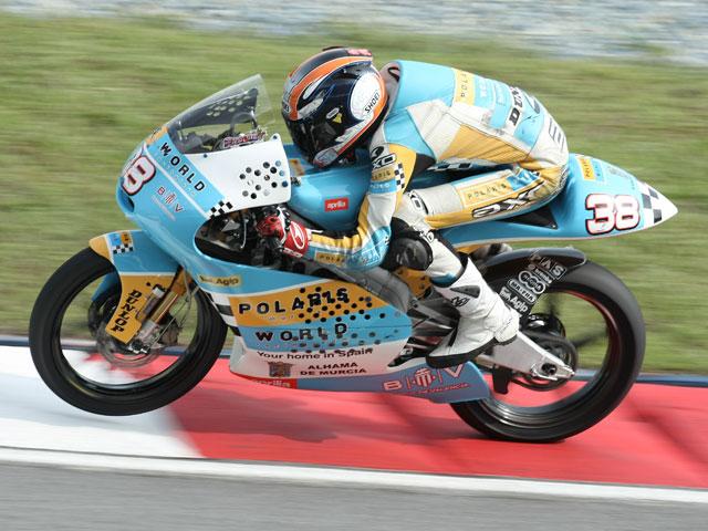 Gabor Talmacsi con Aprilia, contundente victoria en el Gran Premio de Malasia