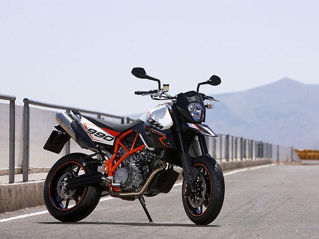 Novedades 2009: KTM 990 Supermoto R