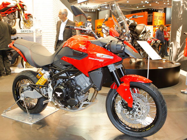 Novedades 2009: Moto Morini Granpasso 1200 H83