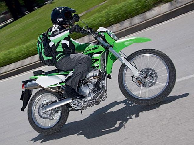 Imagen de Galeria de Ya está disponible la nueva Kawasaki KLX 250