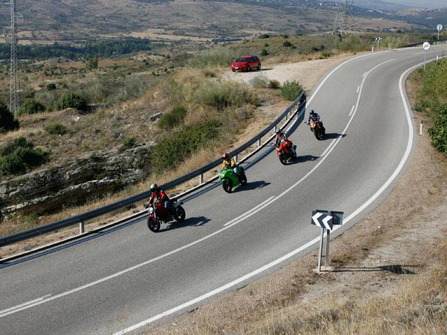 Imagen de Galeria de Conducción Segura: Conducción en grupo