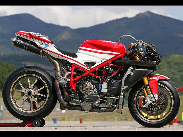Imagen de Galeria de Ducati 1098 R Troy Bayliss: Despedida a lo grande