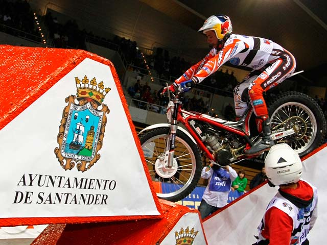 Cabestany con Sherco, victoria en el Trial Indoor de Santander