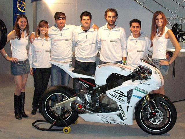 Imagen de Galeria de Lavilla ficha por el equipo Pro Ride Honda