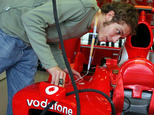 Rossi con el Ferrari, por 5 euros