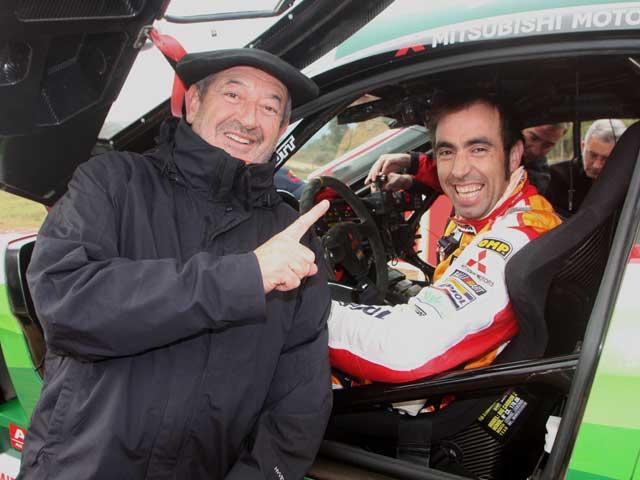 Imagen de Galeria de Nani Roma (Mitsubishi) y Marc Coma (KTM), piloto y copiloto por un día