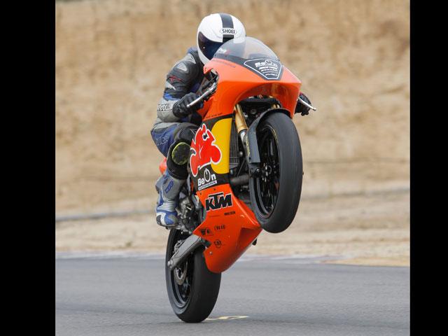 BE ON: Tres motos en una
