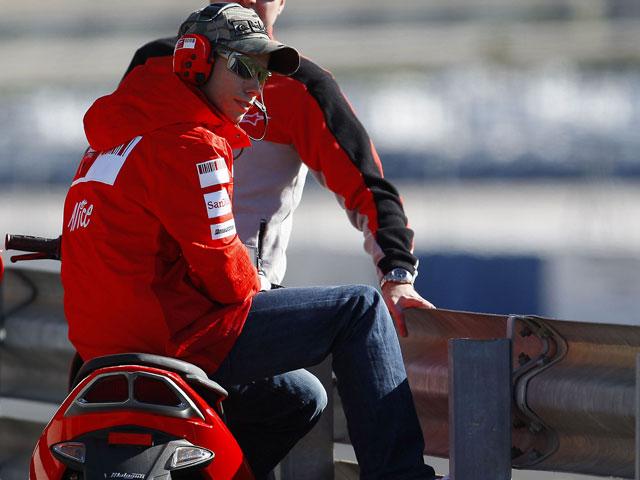 Casey Stoner (Ducati), espectador en Jerez