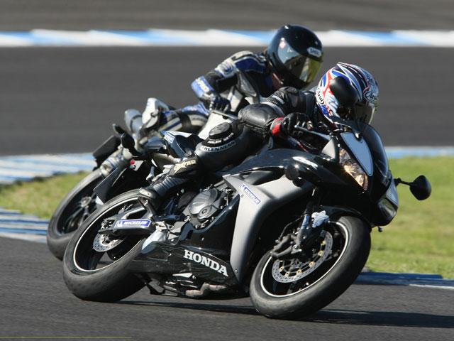 Imagen de Galeria de Michelin anuncia sus planes deportivos para motos 2009
