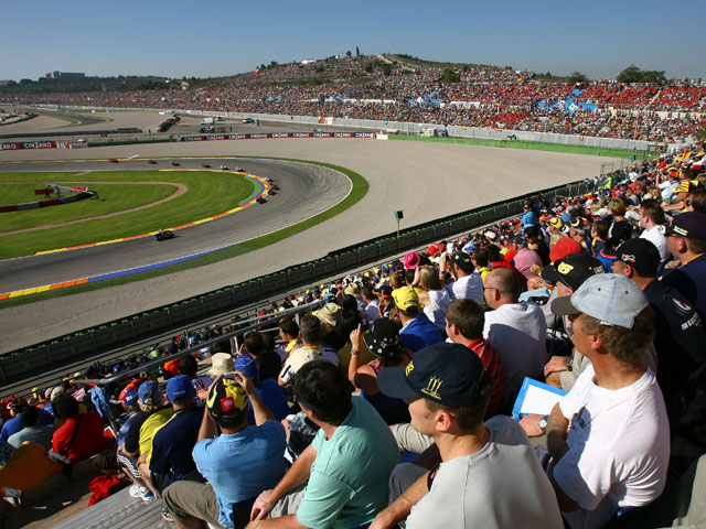 El Circuito de Cheste bate récord de asistencia en 2008