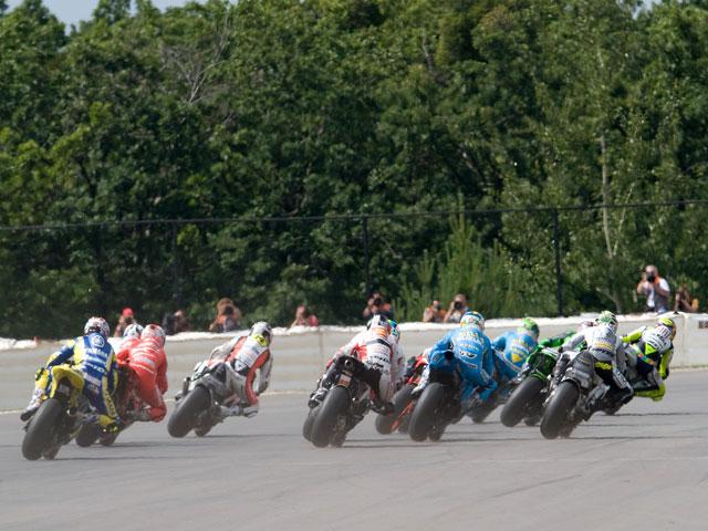 Imagen de Galeria de MotoGP en Crisis. Reunión de marcas de motos de urgencia