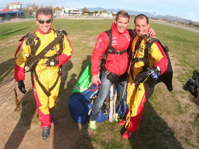 Álvaro Bautista (Aprilia) se enfrenta a un salto de 4.000 metros de caída libre