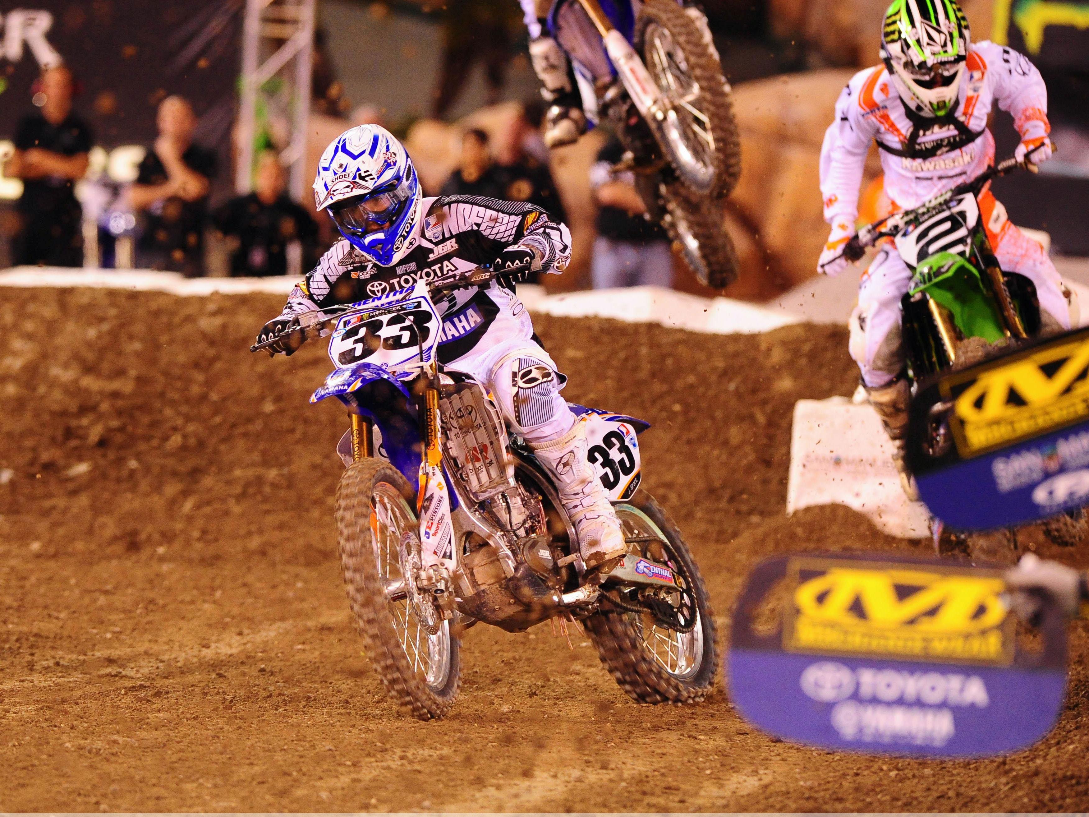 Stewart (Yamaha) se apunta otra victoria