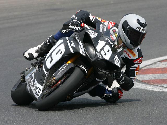 Shane Byrne (Ducati) se lleva el primer día de test en Portimao
