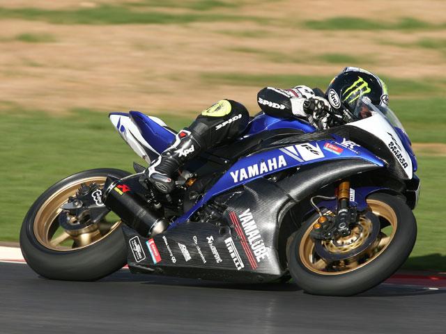 Joan Lascorz (Kawasaki) asombra en Supersport
