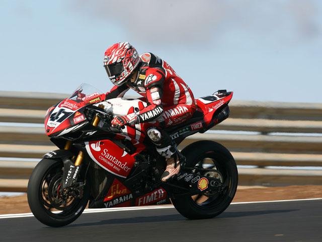 Repite Shane Byrne (Ducati) con récord del circuito