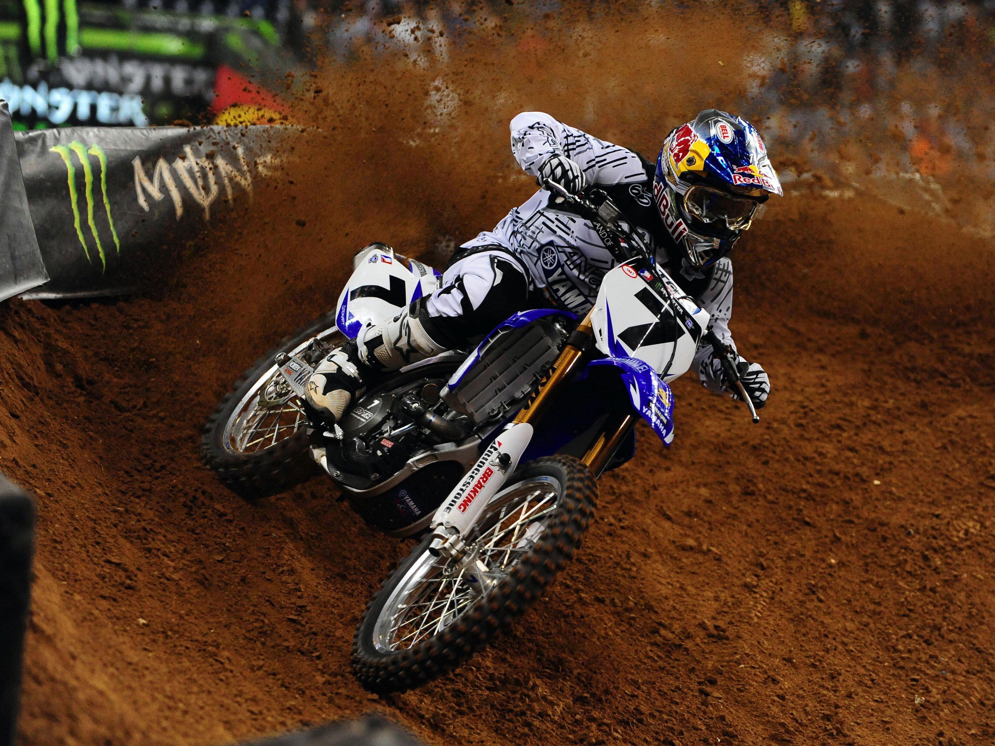 Imagen de Galeria de Stewart (Yamaha) suma la tercera victoria y ya es segundo en la general