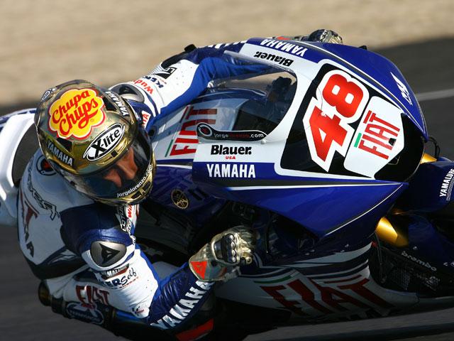 Estreno de la Yamaha de MotoGP de Rossi y Lorenzo