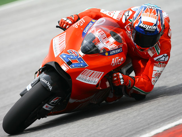 """S. Gibernau (Ducati):""""El objetivo del primer día está cumplido"""""""
