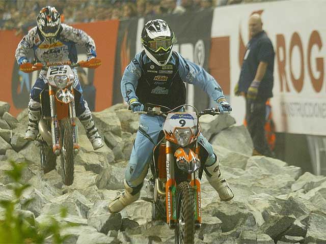 Cervantes (KTM) podría ser campeón mundial de Enduro Indoor