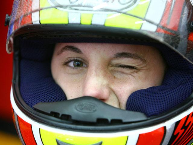Marco Simoncelli (Gilera) vuelve a pista. Entrenamientos 125 y 250 en Valencia
