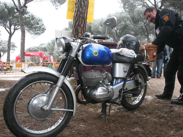 Imagen de Galeria de Seguro para vehículos antiguos AMV