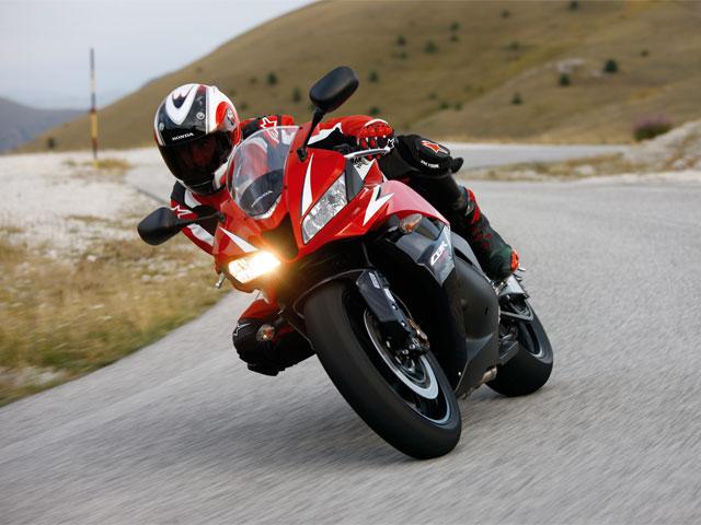 La Honda CBR 600 RR C-ABS, ya disponible