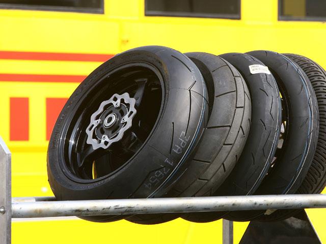 """Pirelli, """"Fabricante del año en 2009"""""""