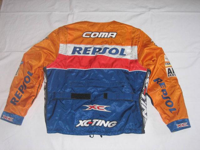 La chaqueta de Marc Coma, a subasta por una buena causa