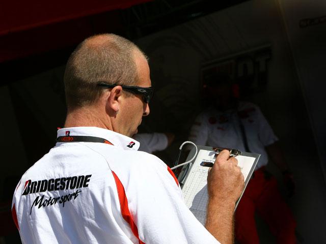 Bridgestone inicia un concurso periodístico para estudiantes