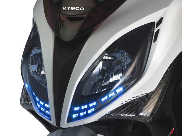 KYMCO Xciting 500 2009, tercera generación del maxi scooter