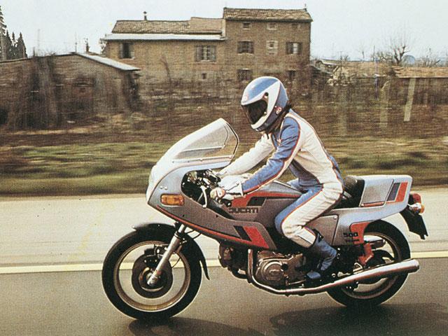 Ducati Pantah 696. La original, actualizada