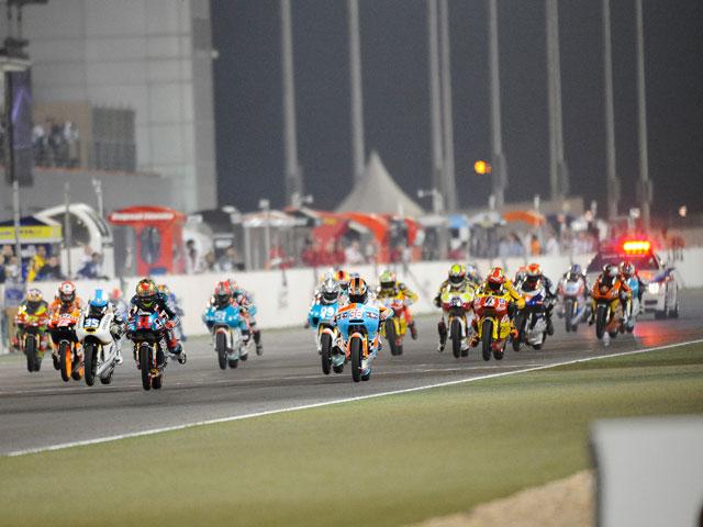 MotoGP. Luces, cámaras, acción