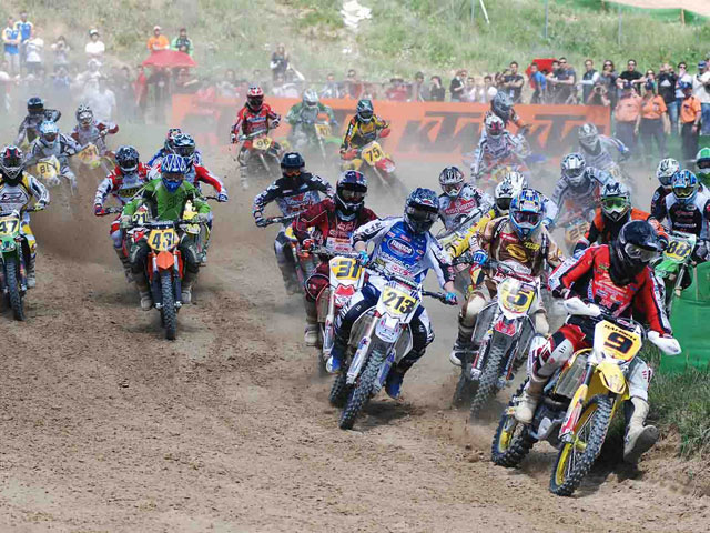 Imagen de Galeria de Victoria de Vanni; Alvaro Lozano, tercero en el Motocross de Talavera