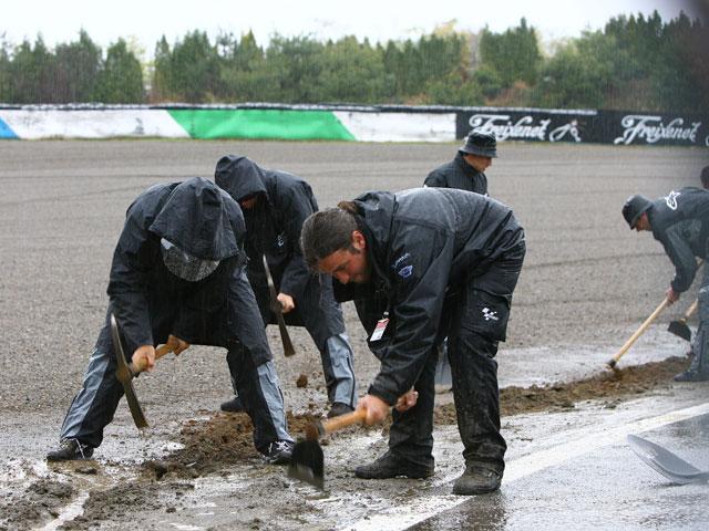 Cancelados los entrenamientos cronometrados de MotoGP por la lluvia