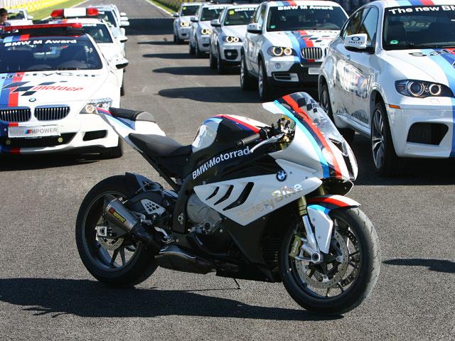 La BMW S 1000 RR de calle debutó en Jerez