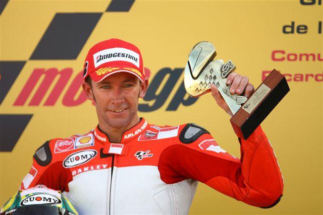 Troy Bayliss probará la Ducati Desmosedici GP9 en Mugello